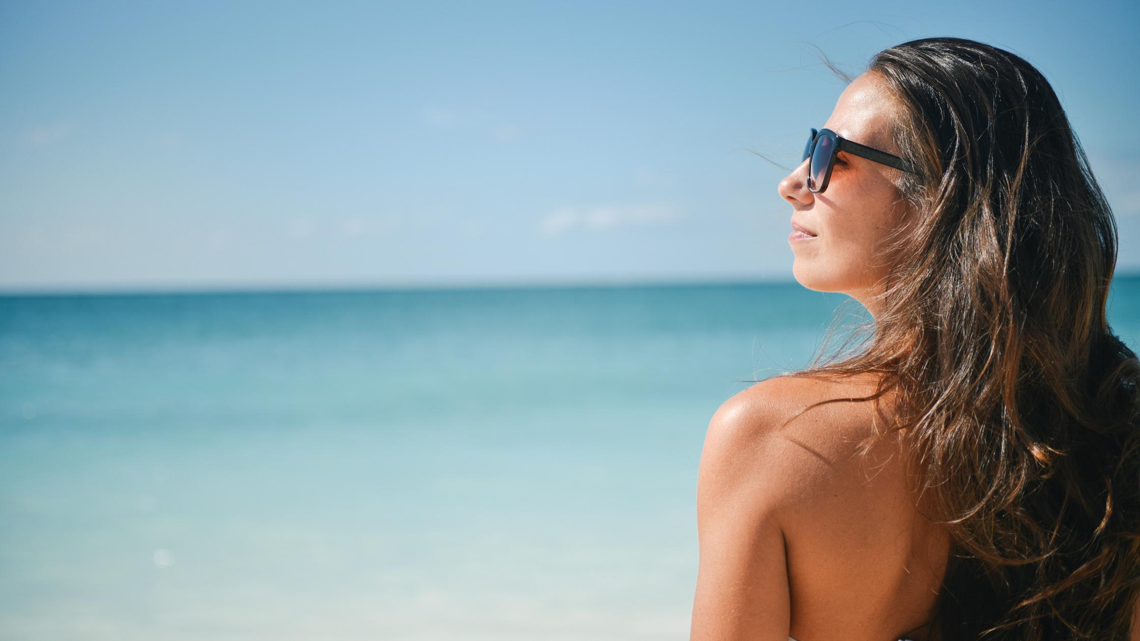 Contact Lenses vs. Glasses 5 Professional Pros Cons 4